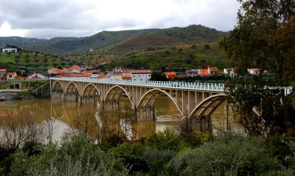 Ponte de BARCA DE ALVA - hs.jpg