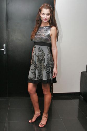 Alinne Moraes (atriz).jpg