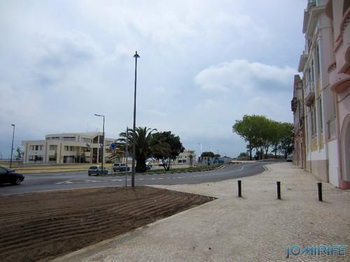 Obras públicas na Figueira da Foz - Zig Zag desnecessário no trânsito [en] Public works in Figueira da Foz Portugal
