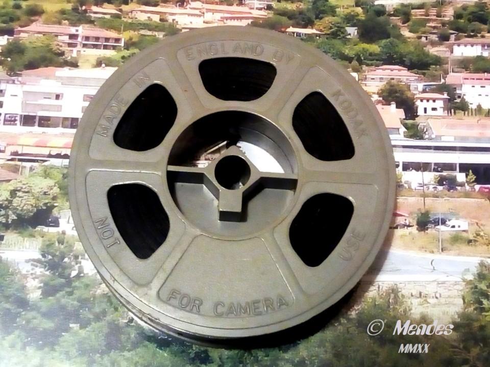 Cerva - Bobina de Cinema de 16 mm.jpg