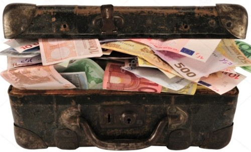 depositphotos_2241160-stock-photo-suitcase-full-of