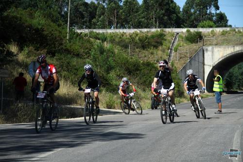 BTT XCM 2012 Montemor (156) Entrada na estrada