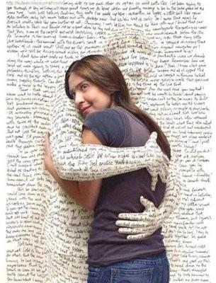 Abraço poesia.jpg