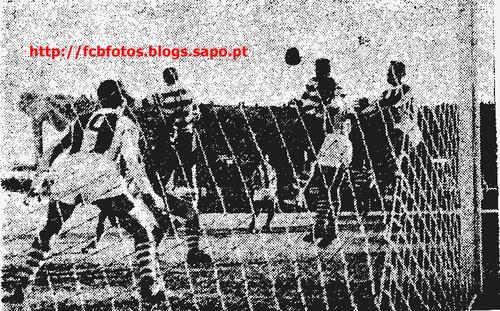 1956-57-sporting-fcb-2-12-1956-pompeu remata de ca