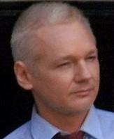 1024px-Julian_Assange_in_Ecuadorian_Embassy_croppe