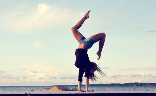 3b9e04a388c52cc9faeb7b181e7a42e4--artistic-gymnast