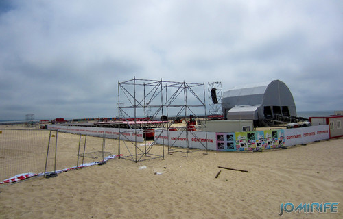 Montagem do palco SUNSET SUMMER FESTIVAL na praia da Figueira da Foz (1) [EN] Mounting the stage SUNSET SUMMER FESTIVAL at the beach of Figueira da Foz, Portugal