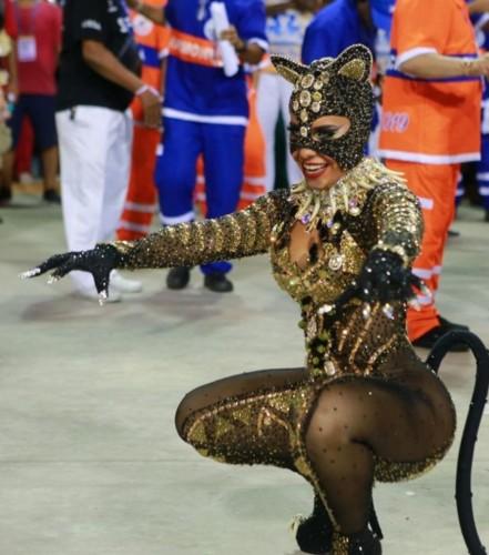 Raíssa de Oliveira (Carnaval Rio 2019).jpg