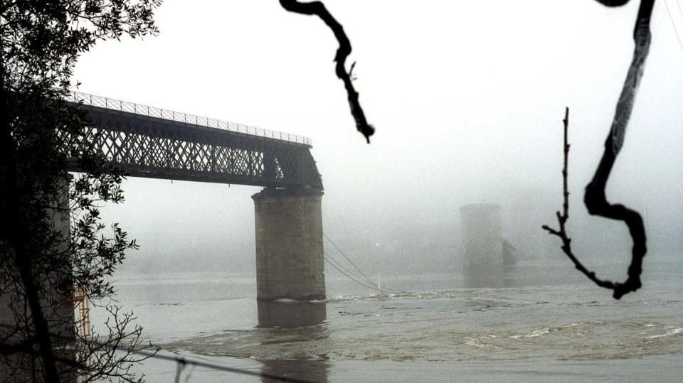entre os rios.jpg