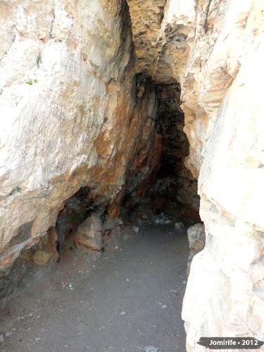 Serra de Sicó - Buraco na rocha