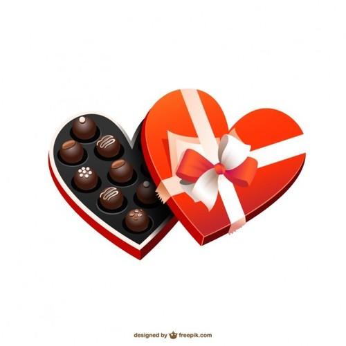 heart-shaped-chocolate-box_23-2147502684 BOMBONS.j