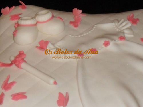 Bolo Vestido de Batizado na Almofada
