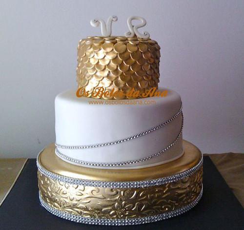 Bolo Casamento Tema Ouro