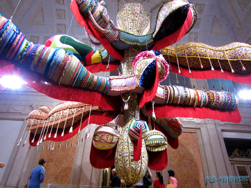 Joana Vasconcelos - Royal Valkyrie 2012 (2) aka Forma gigante de lã [EN] Royal Valkyrie - Giant form with wool