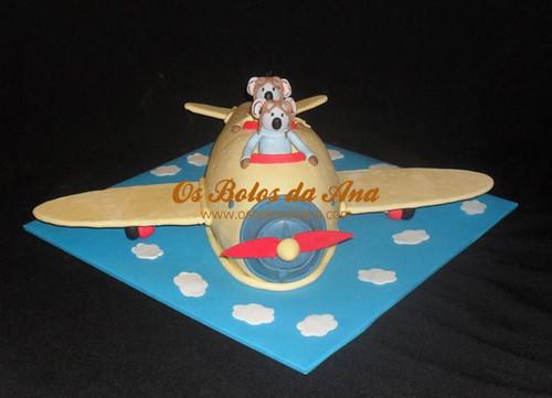 Bolo Aviao do Irmaos Koala