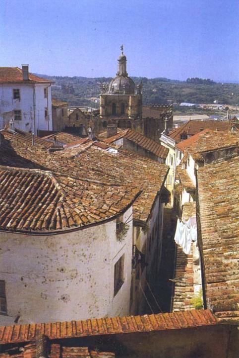 Rua das Covas, vista do telhado da minha casa.jpg
