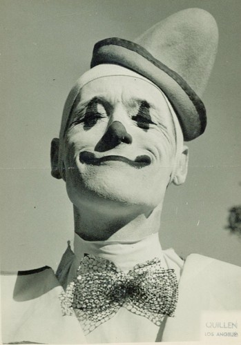 white-face-clown.jpg