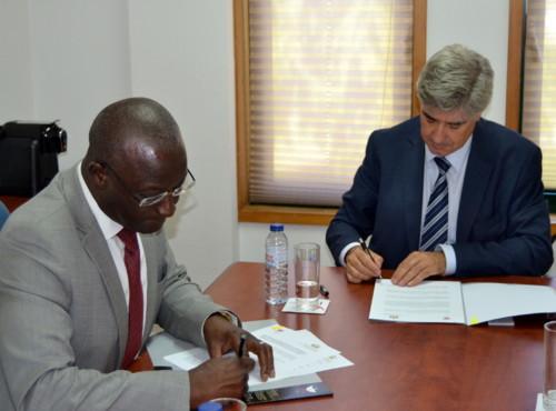 Assinatura de Protocolo  IPG - Guiné Bissau.jpg