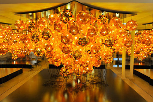 installation_tom_dixon_for_veuve_clicquot.jpg
