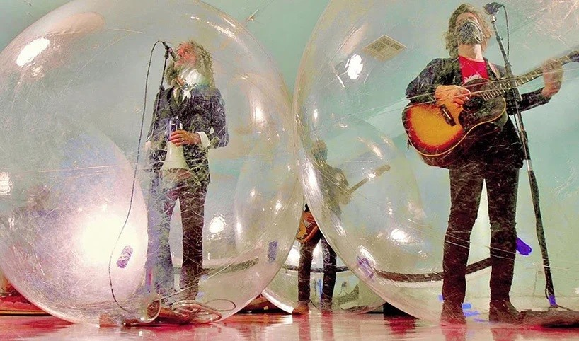 1 flaming-lips-plastic-bubble-concerts.jpg
