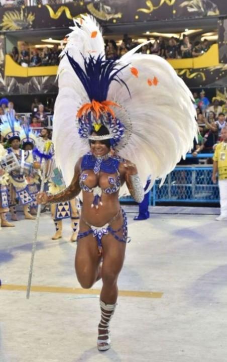 Bianca Monteiro 2 (Carnaval Rio 2020).jpg