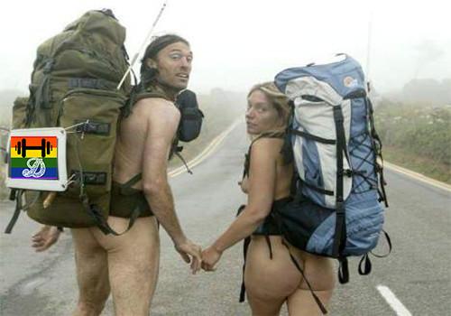 HD Casal pratica nudismo pelo mundo fora.jpg