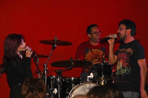 Os RAM-Rock After Midnight em plena atuação...
