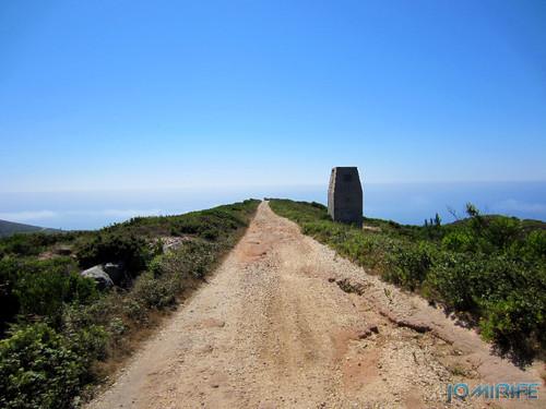 Couto Mineiro do Cabo Mondego: Mina de Carvão da Serra da Boa Viagem na Figueira da Foz - Caminho (1) [en] Coal Mine in Boa Viagem Mountain, Figueira da Foz, Portugal - Pathway