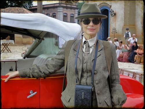Paula Burlamaqui vai interpretar uma mulher moderna para sua época