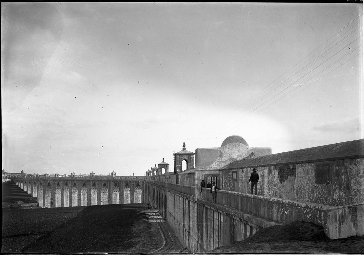 O Passeio dos Arcos do Aqueduto das Águas Livres,