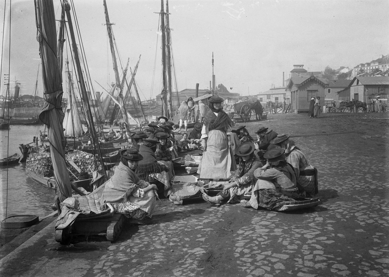 Varinas esperando o peixe, 1912, foto de Joshua Be