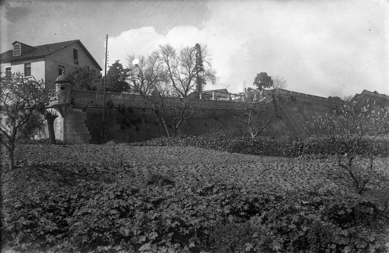 O baluarte ou forte de Santa Apolónia, 1942, foto