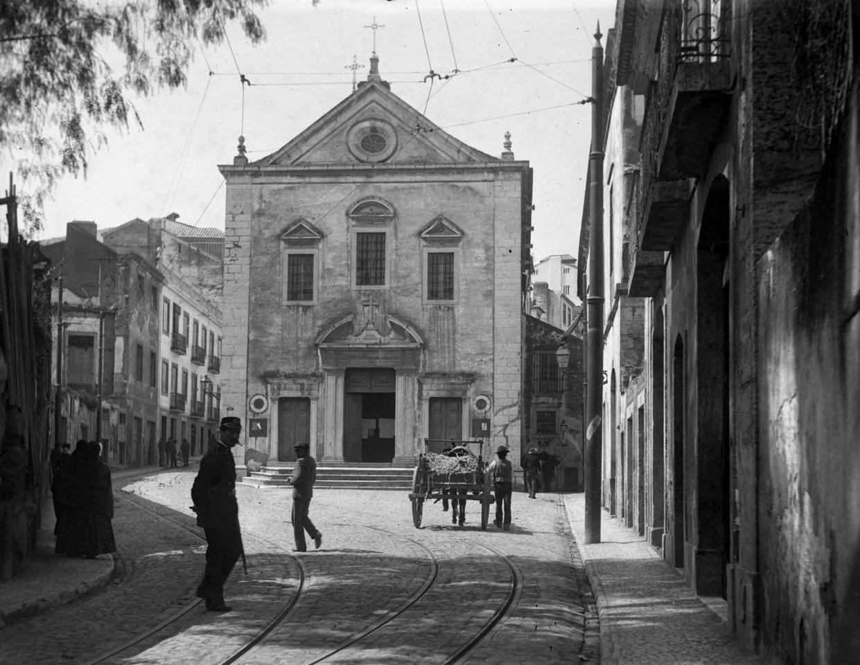 Antiga Igreja dos Anjos, extinta e reconstruída n