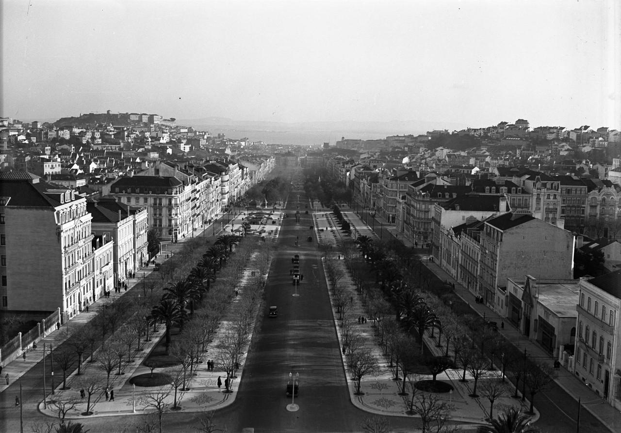 Panorâmica da avenida da Liberdade, 1930, foto de