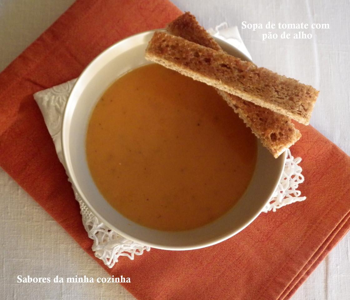 IMGP5822-Sopa de tomate com pão de alho-Blog.JPG