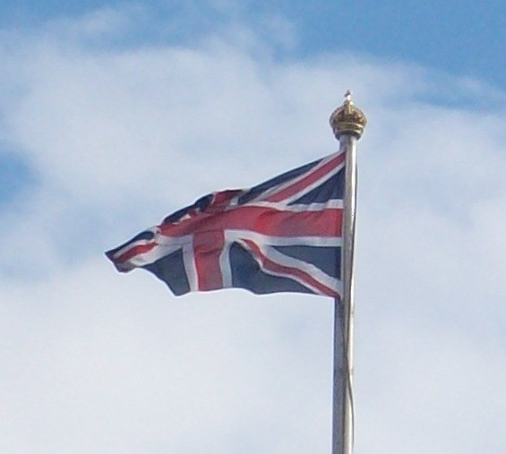 Union_flag_a_Buckingham_Palace.jpg