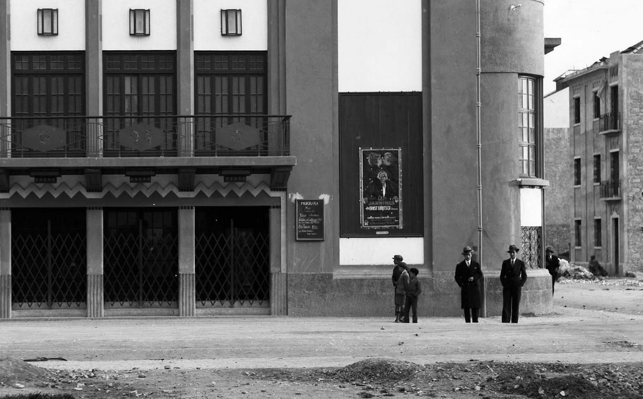 Rua Almeida e Sousa, 35, Lisboa (M. Novaes, 1932)