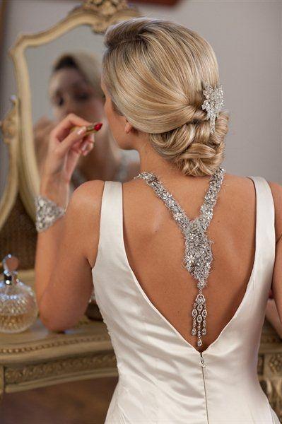 Como escolher o colar certo para cada tipo de decote - Moda & Style