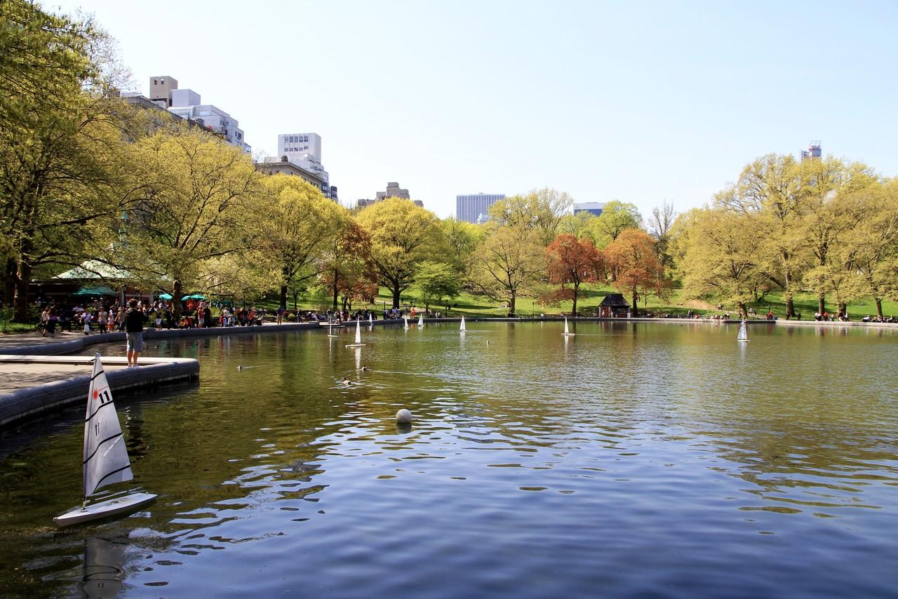 2910-Central_Park-Conservatory_Pond.jpg