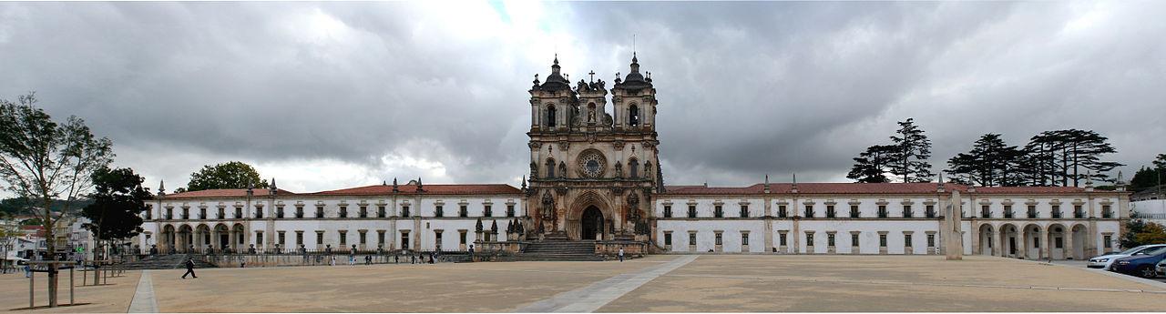 Mosteiro de Alcobaça Fachada principal