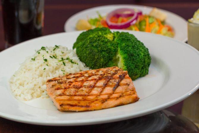 menu almoco e iva diferenciado ou de taxa regular