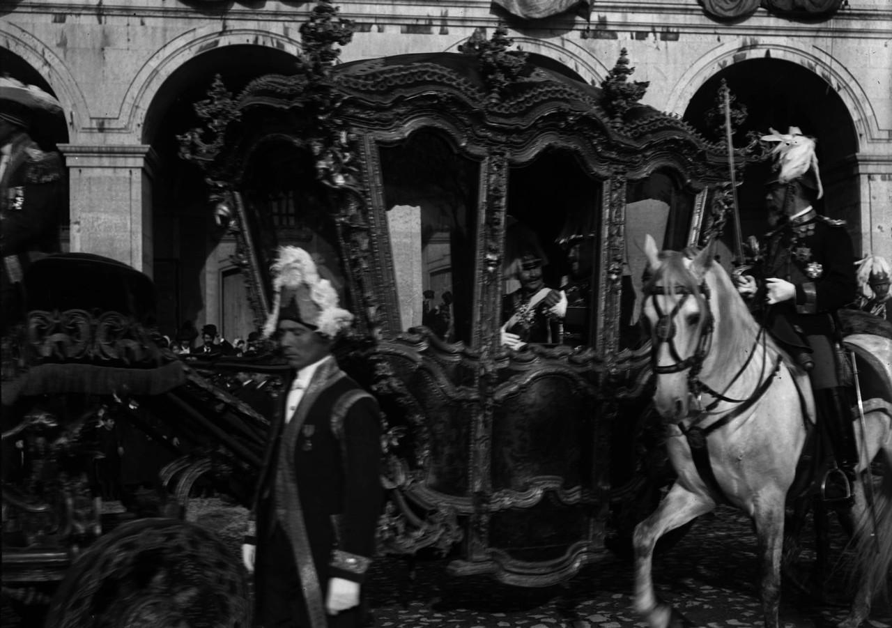 O rei de Saxe e Dom Carlos, coche Dom João V, 190