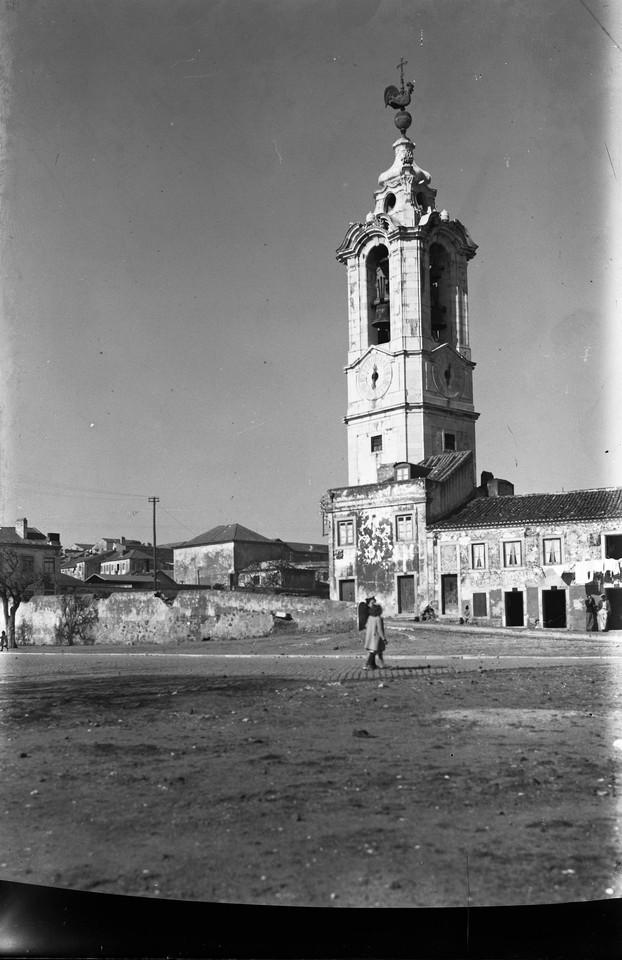 Torre da Ajuda, com o catavento, galo, novo posto