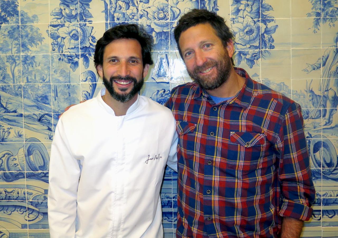 José Avillez e o chef peruano Diego Muñoz