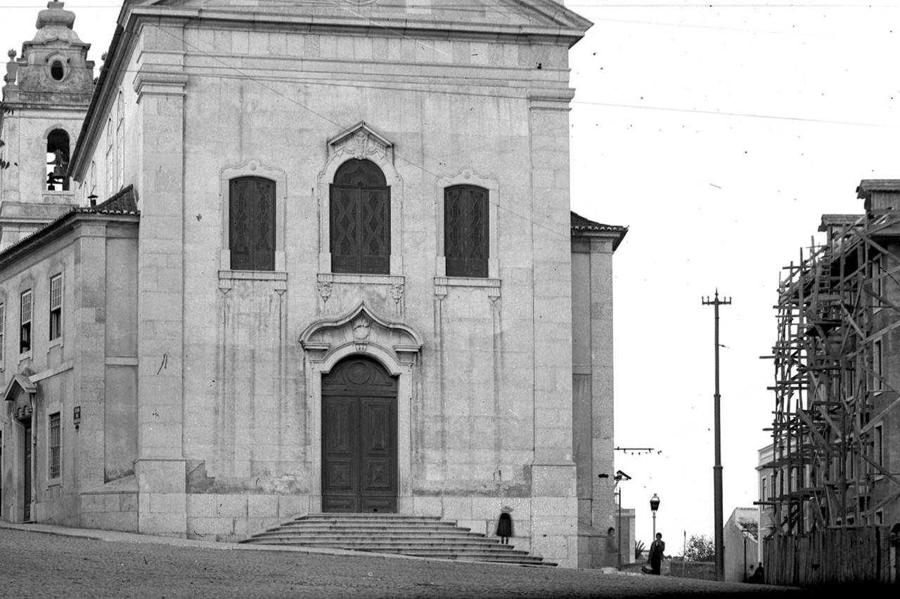Igreja de Arrroios e primitiva Estr. de Sacavém, Arroios (J.A.L. Bárcia, s.d.)