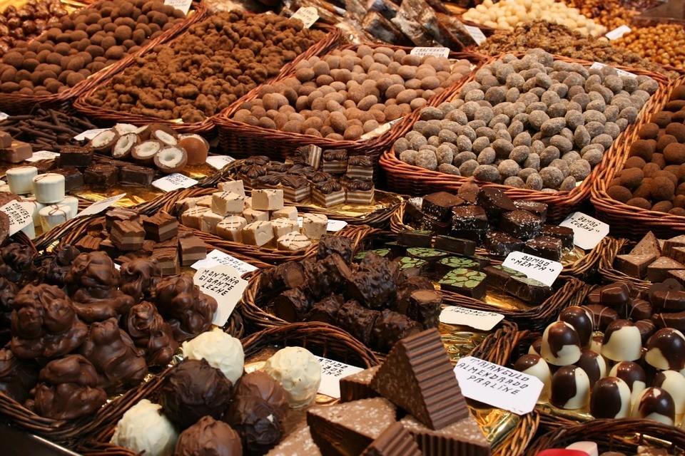 Chocolate engorda? Mitos e verdades sobre este alimento