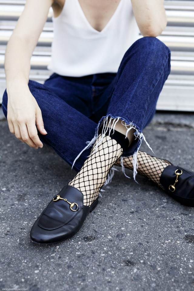 gucci-princetown-loafers-fishnet-socks-vienna-wede