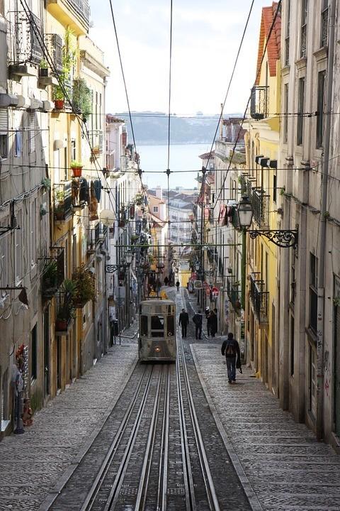 portugal-950059_960_720.jpg