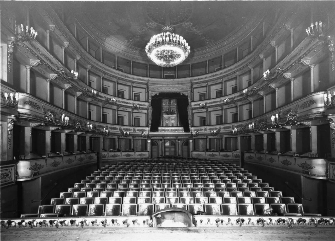 Teatro Nacional Dona Maria II, interior da sala, s
