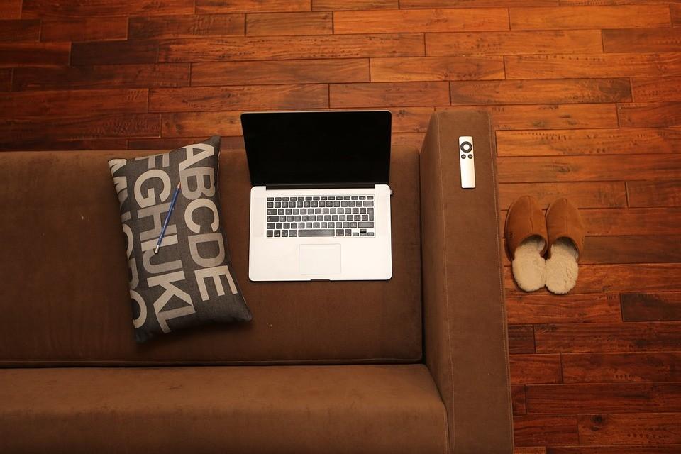 home-office-569153_960_720.jpg